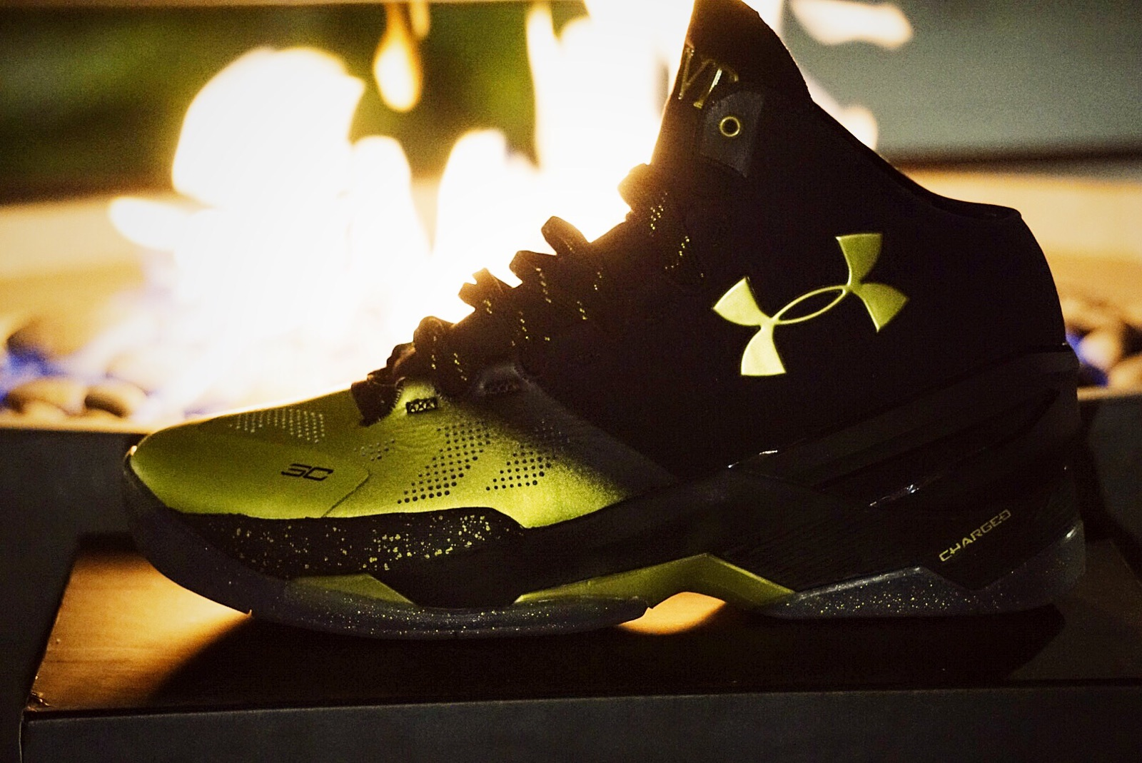 9f11819a66c8 ... a gold and black color scheme that reflects colors for both the MVP and  Larry O  Brien Trophies (NBA Championship). Steph told the guys at Under  Armour ...