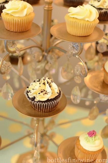 "desserts, cupcakes, icing, ""mini cupcakes"" ""the cupcakerie"" ""Rhode Island"" cranston"