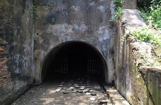 terowongan benteng pendem.png