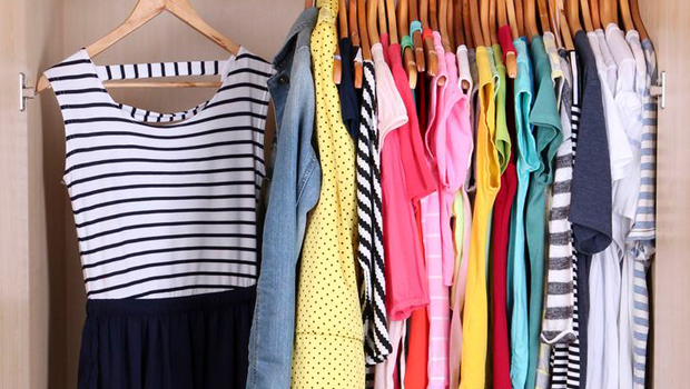 961f9d2ab تفسير حلم رؤية شراء ملابس أو الملابس في المنام لابن سيرين