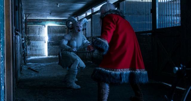 A Christmas Horror Story 2015.Cinehouse Dvd Review A Christmas Horror Story 2015