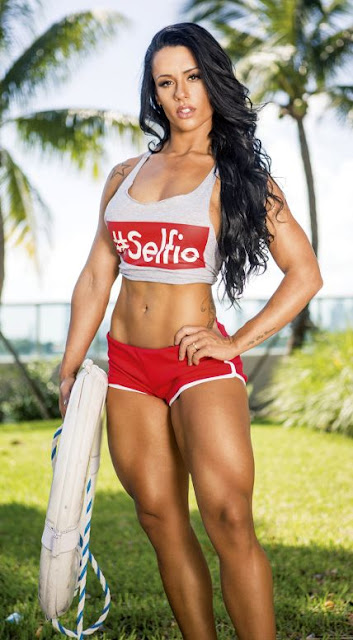 WBFF Pro Diva Fitness Model Sue Lasmar