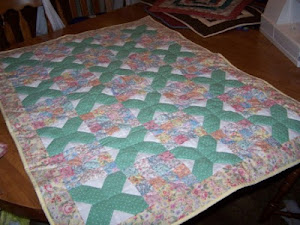 FLOWERS ON LATTICE QUILT