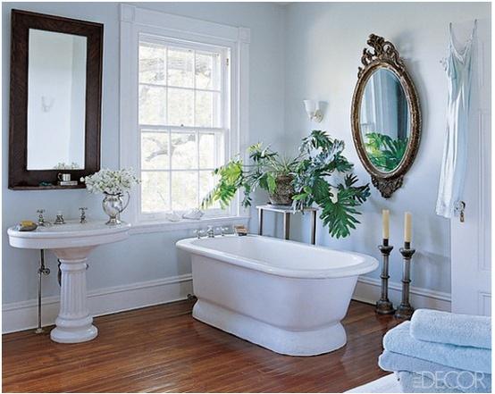 Cuartos de baño vintage: blanco   Pompas de Ideas