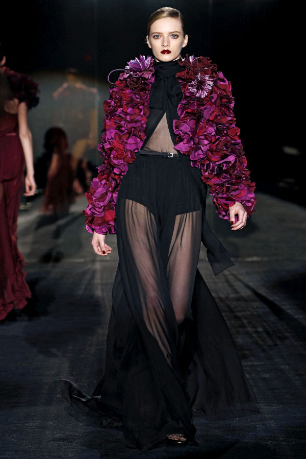 LOVE FASHION BITCHES: Gucci Womenswear Fall/Winter 2011/12