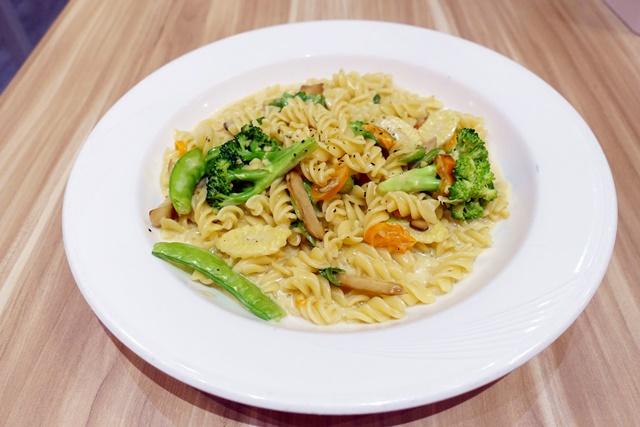 義倆平價義式廚房~新莊葷素義大利麵