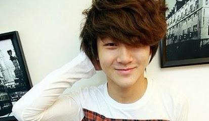 Model Rambut Pria Ala Artis Korea Terbaru 2015