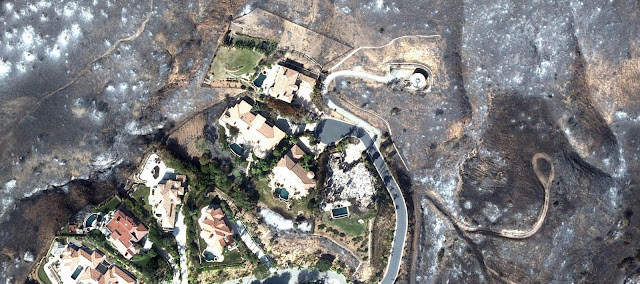 6210 destruction left from woolsey malibu fire the oc pilot house