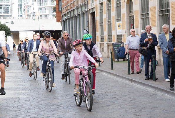 King Philippe, Queen Mathilde, Prince Emmanuel and Princess Eleonore attended 2018 Car Free Sunday event in Brussels