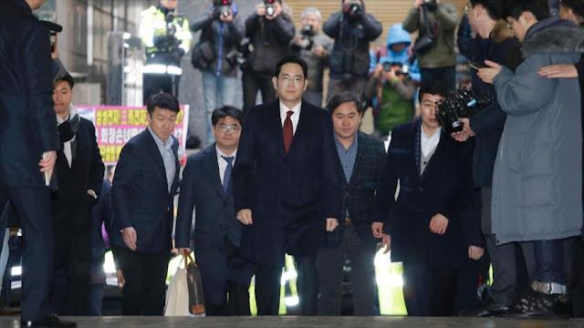 Fiscal de Corea del Sur ordena arresto del heredero de Samsung