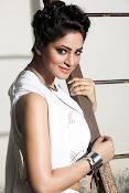 shilpi sharma new glam pics-thumbnail-5