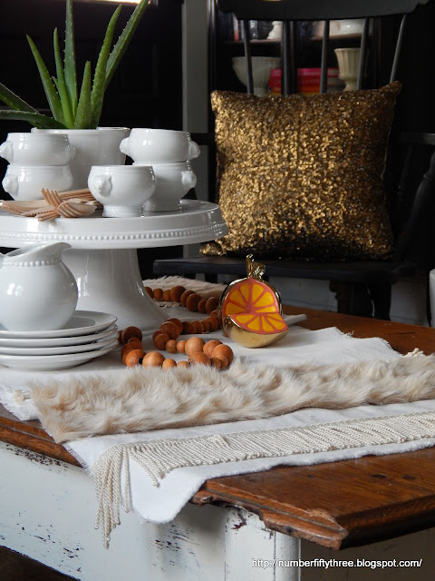 customize your table top decor wth trim