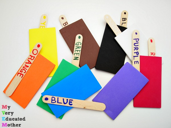 Make 7 Busy Bags Using Craft Sticks: Match the Colors