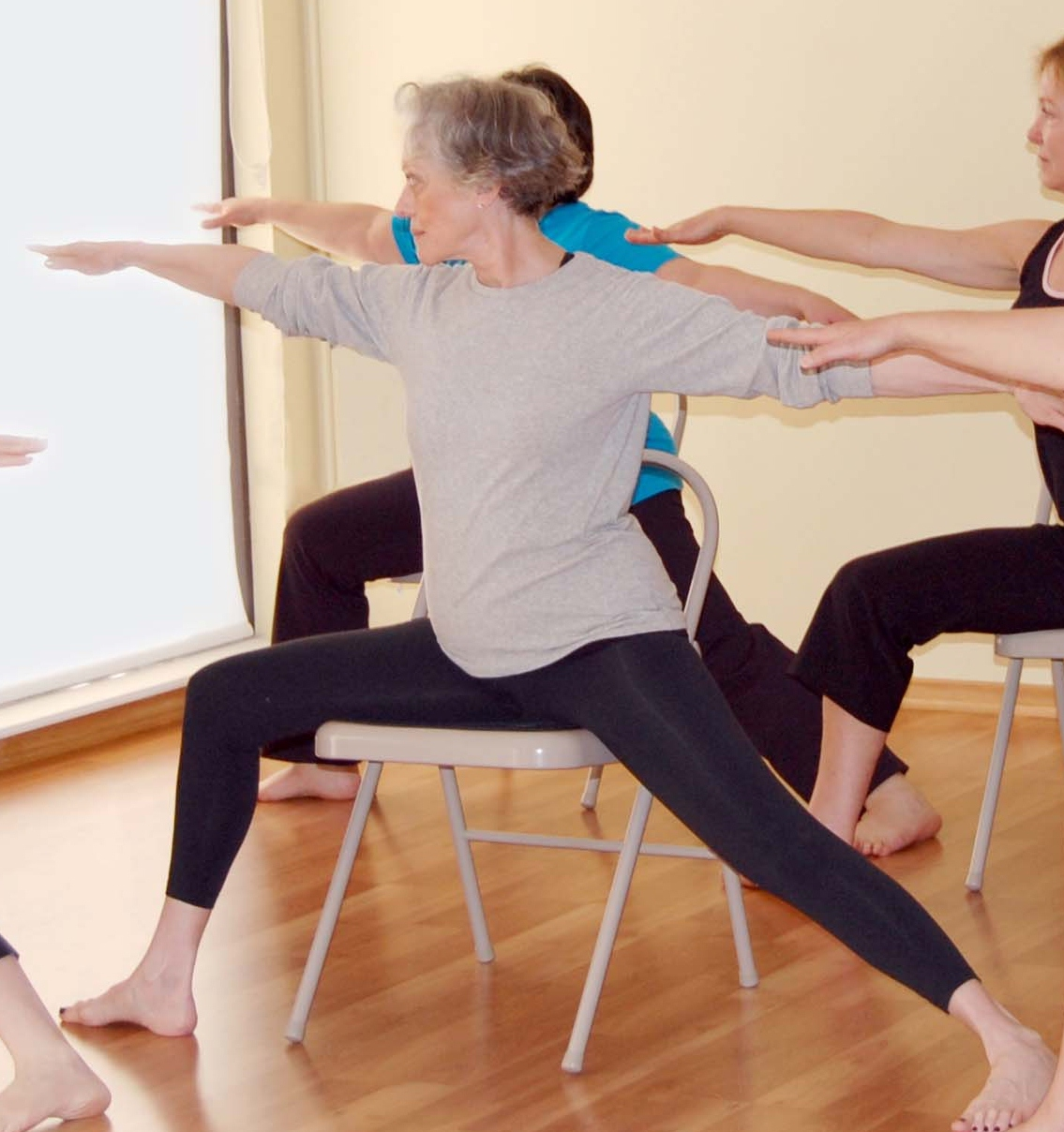 Chair yoga elderly - Chair Yoga In Brookfield