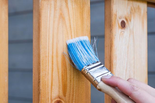 Finishing kayu dengan pernis