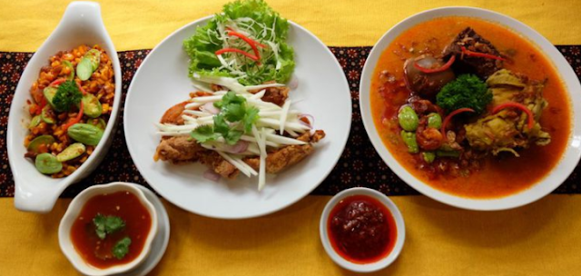 Makanan Lokal Favorit Orang Asing