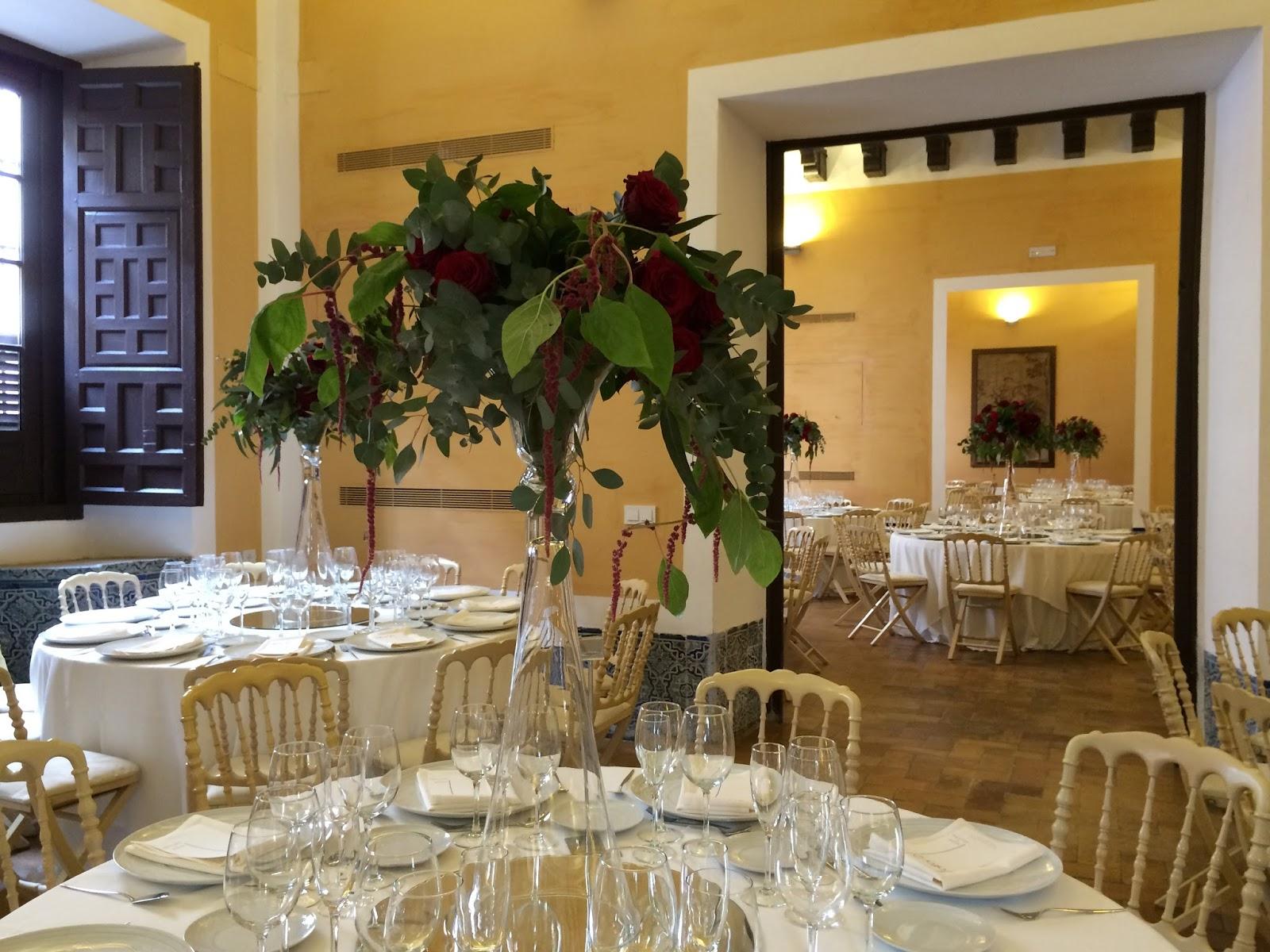 Boda elegante en casa bucarelli c rtamo flores for Decoracion casa novia
