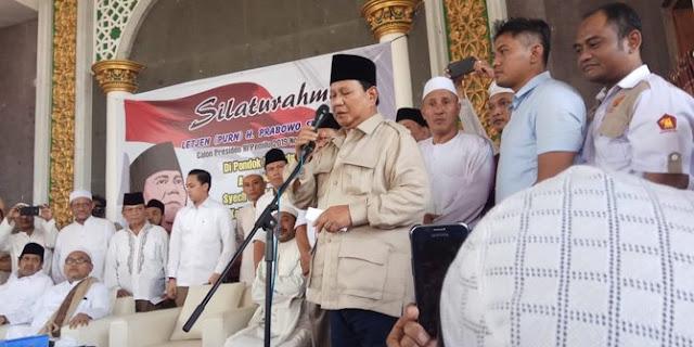 Prabowo didesak mundur karena Ratna, Fadli Zon bilang 'enak saja, ini soal kecil'