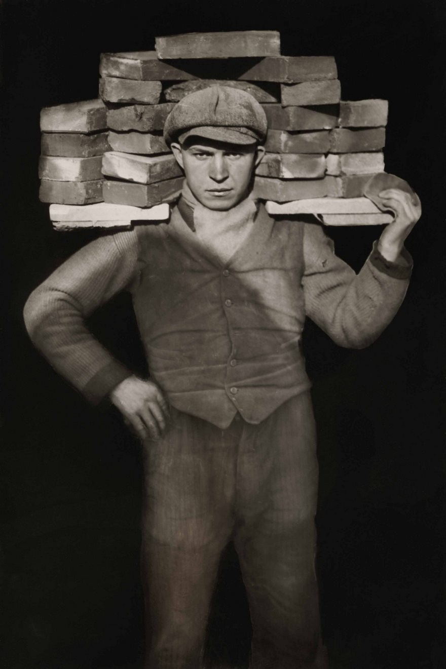 #83 Bricklayer, August Sander, 1928 - Top 100 Of The Most Influential Photos Of All Time