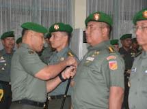 Pimpin Laporan Korps Sertijab, Brigjen TNI Robert Giri Ingatkan Soal Cum Laude