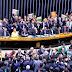 Câmara diz sim ao impeachment de Dilma; pedido vai agora ao Senado
