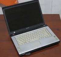 Laptop bekas Malang Toshiba A215