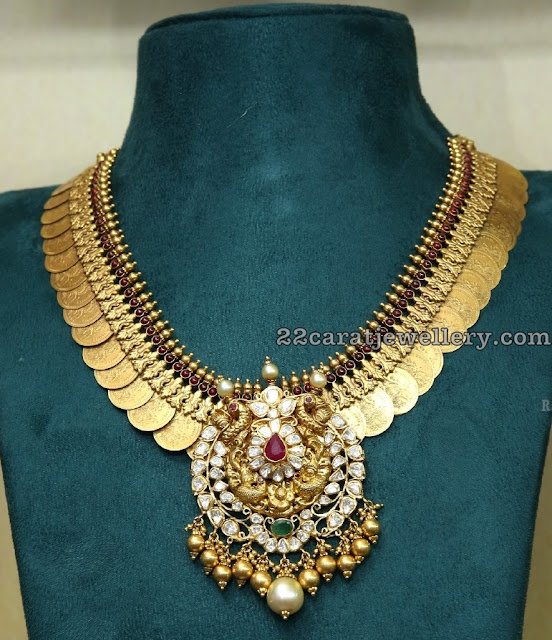 Kasu Necklace with Peacock Diamond Pendant