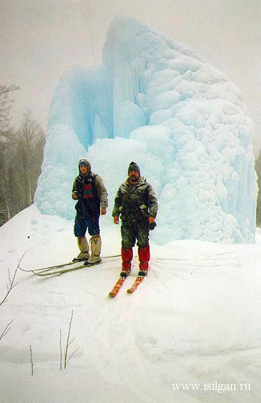 Ледяной фонтан. Национальный парк Зюраткуль. Челябинская область.