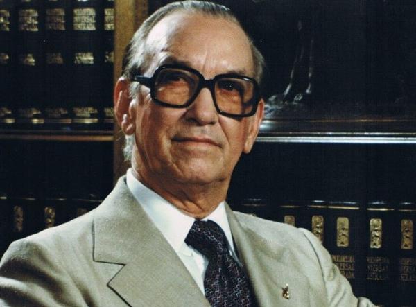 Antonio Guzmán