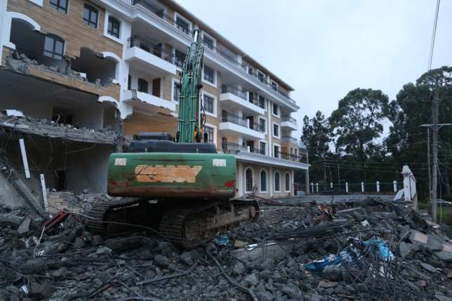 DAILY POST: Muliti-Million Shilling Grand Manor Hotel in Gigiri demolished over its proximity to ...