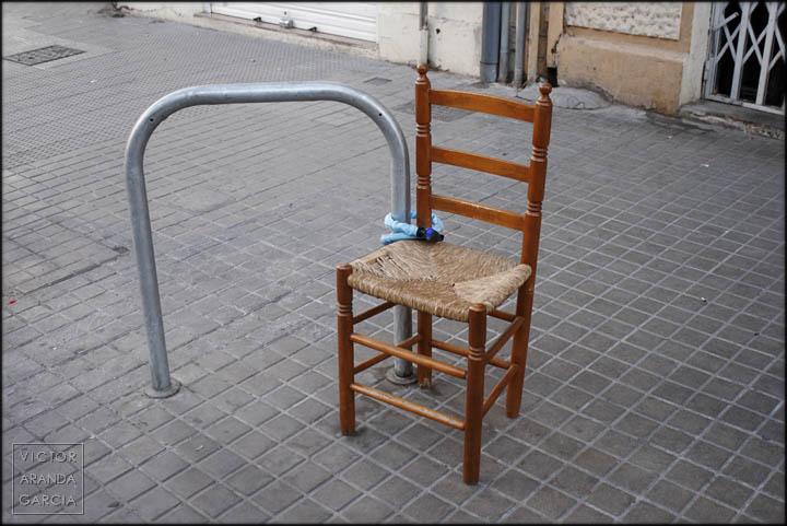 foto,silla,candado,valencia,calle,atada