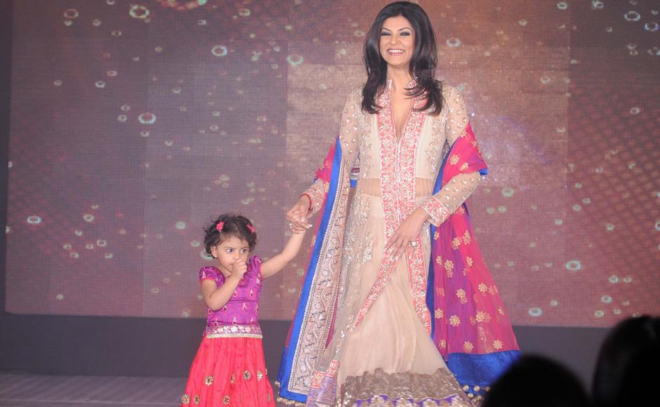 Kajol and sushmita support girl child birth cause