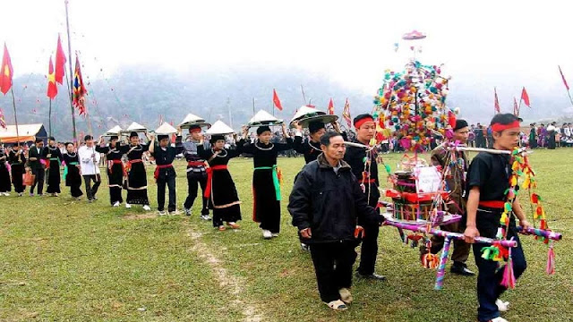 Discover the culture ethnic festivals in Vietnam in February 4