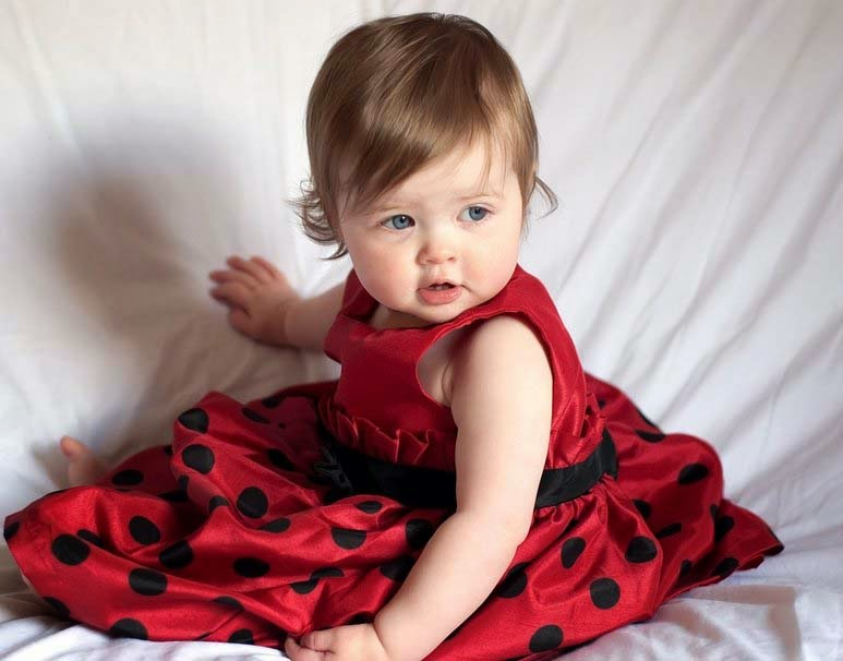 little-angel-red-frock