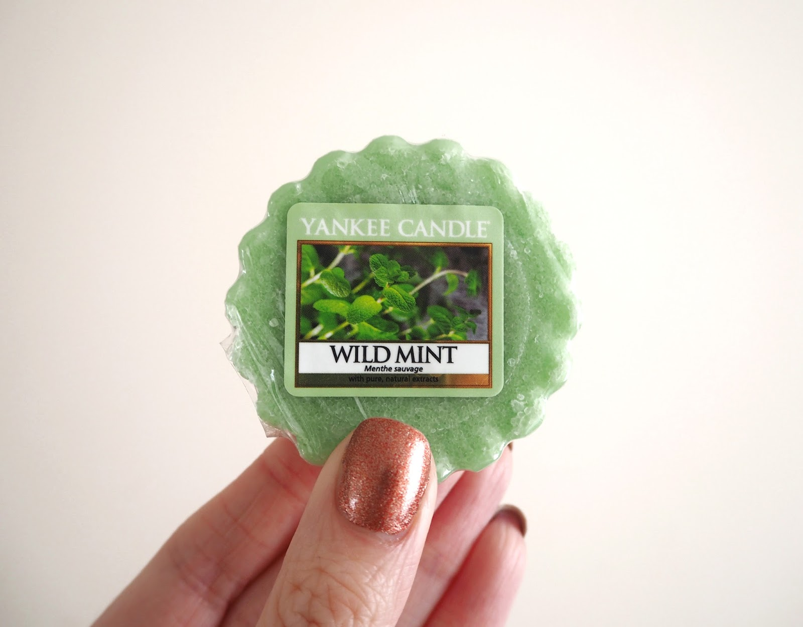Yankee Candle Pure Essence Collection Review, Wild Mint, Fragrance Review, Candle Review, Yankee Candles, UK Blogger, Lifestyle Blogger, Katie Kirk Loves