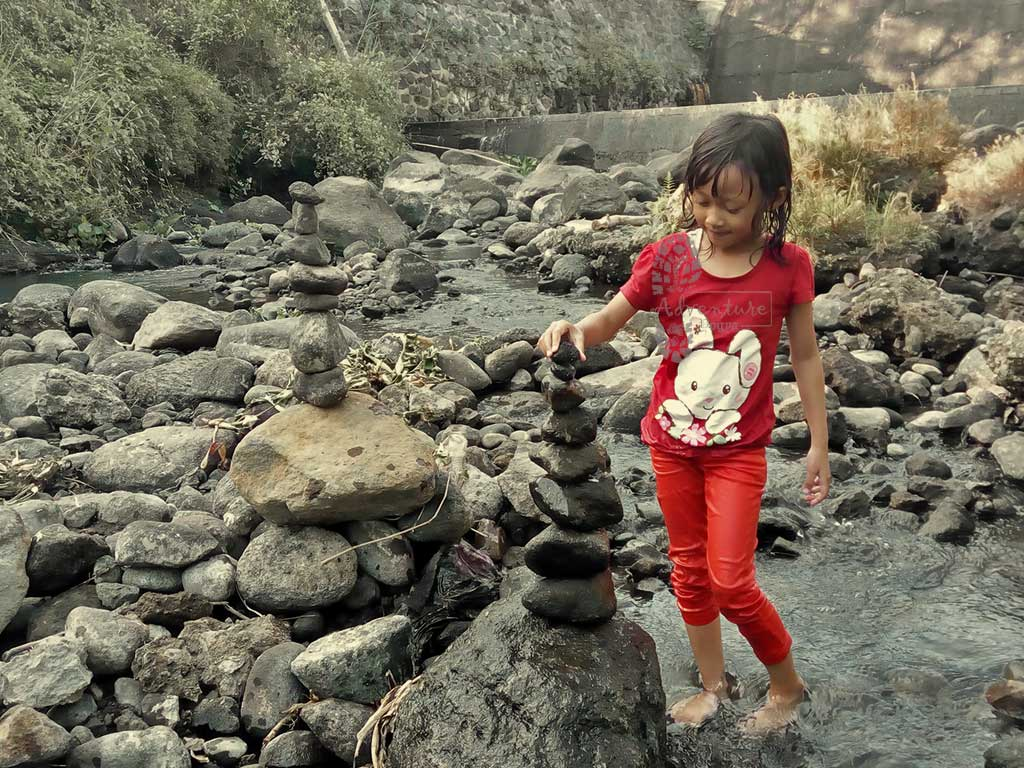 Kekeceh Kali Krasak di Kampung Wisata Remboko