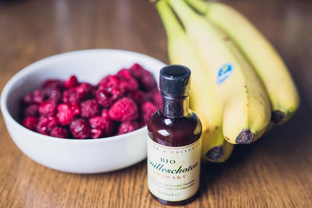Outdoor Kitchen 06 – Fruchtleder Himbeer-Banane-Vanille  Dörrgerät  Trekkingnahrung selbst gemacht  DIY-Trekkingfood  Outdoorfood 01