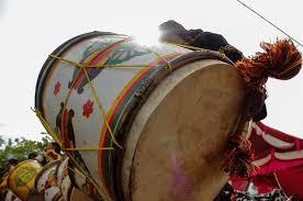 alat-musik-tradisional-tambua-dari-padang-minangkabau