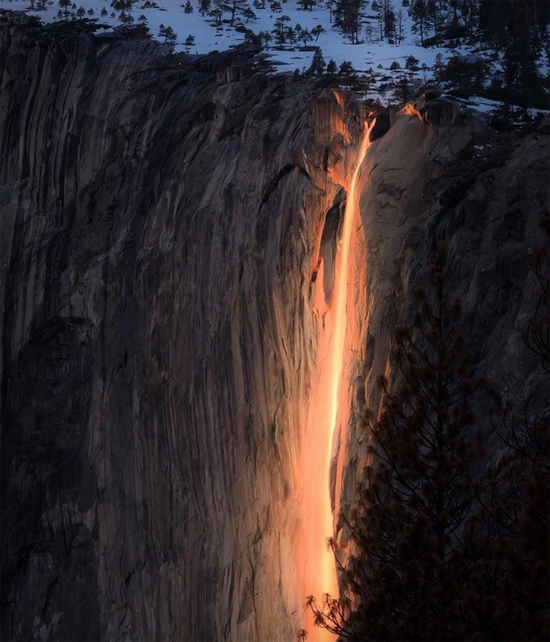 Cachoeira Horsetail em Yosemite California
