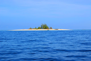 Objek Wisata Sulawesi Tengah pulau tinalapu