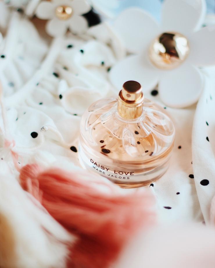 Fragrance Direct Daisy Love perfume
