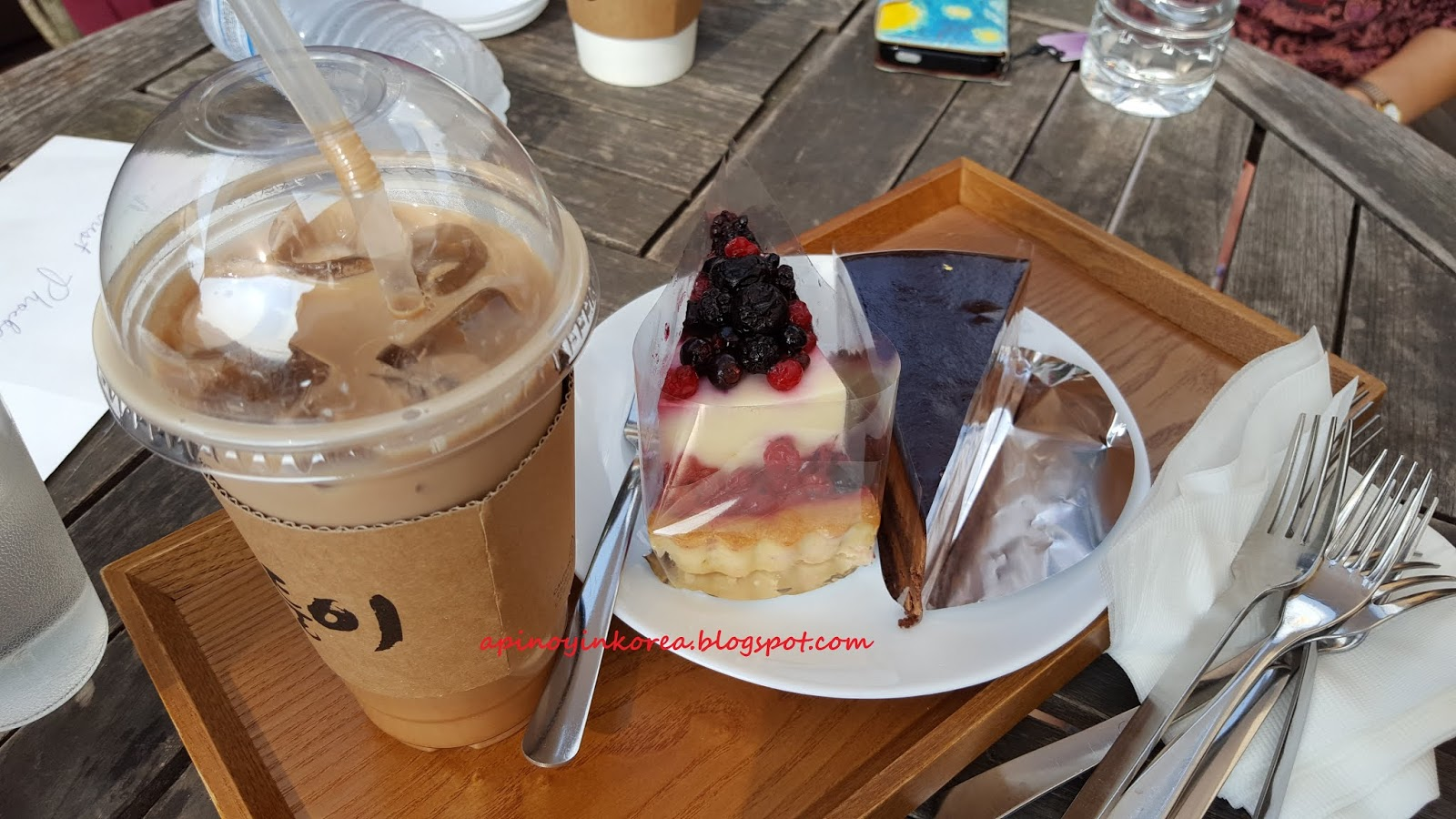 Korean Mocha Cake Recipe: A Pinoy In Korea: Lunch & Coffee In Seoul: Coffee Prince's