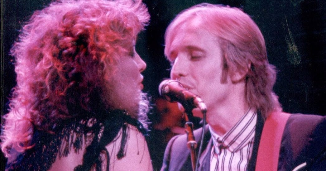 tom petty and stevie nicks relationship with lindsey