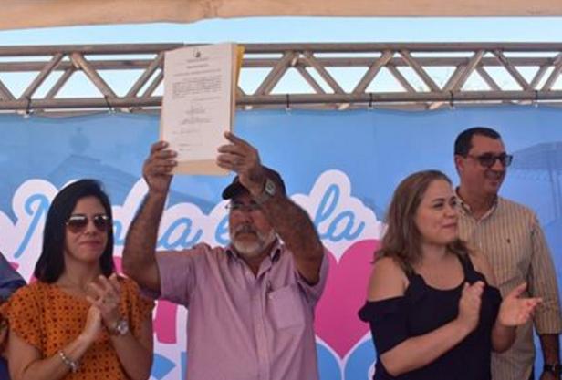 Em Delmiro Gouveia, ordem de serviço para construção da Escola de ensino integral no Distrito Barragem Leste é assinada