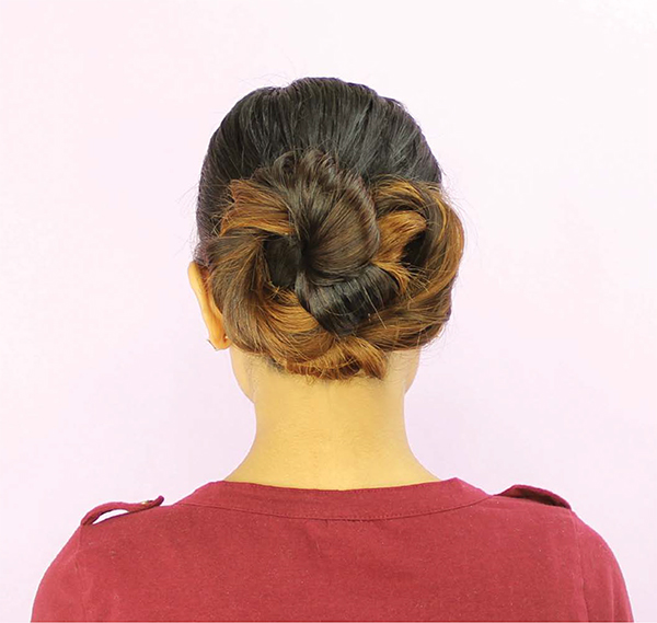 Easy Hairstyle Infinity Bun