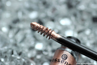 Review: 13 essence Update Produkte - Vibrant Shock Lash & Brow Gel Mascara - www.annitschkasblog.de