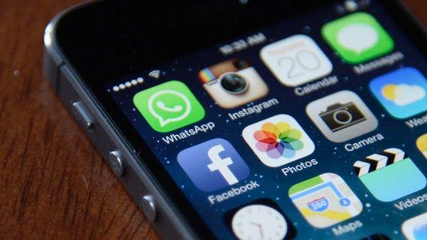 Más de 15 % de los perfiles en redes sociales son falsos