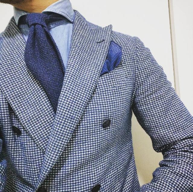 Trajes cruzados: la elegancia del caballero