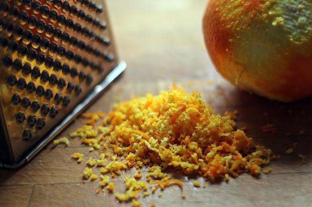 Orangenzesten