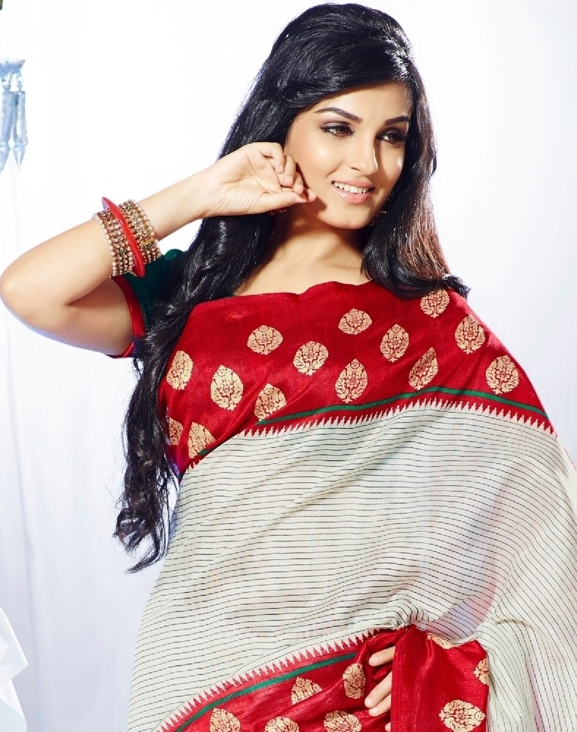 Free Download Hd Wallpapers Shiny Doshi Spicy Indian